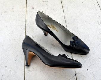 1960s Tiber Black-Navy Italian Leather Heels, Size 37