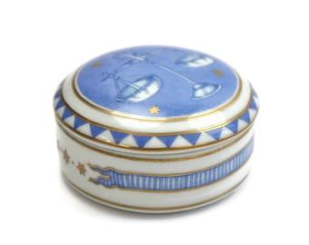 Vintage Libra Keepsake Box - Birthday Gift, Zodiac Gift, Trinket Box, Jewelry Box, Mottahedeh, Made in Portugal, c.1990s