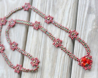 Beaded Red Flower Seed Beads Beadwoven Necklace