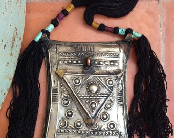 Large Tuareg Amulet Tscherot Gri Gris with Hinged Triangle & Chat Chat's