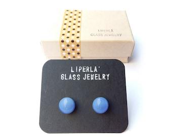 Periwinkle fusedglass earrings studs  8,5 mm glossy finish