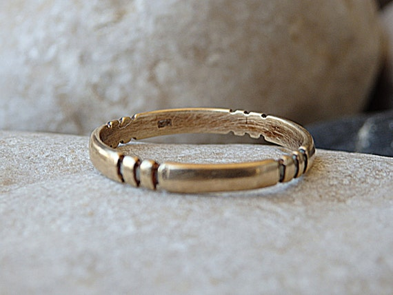 Simple Wedding Band 14K Solid Gold Ring Women s