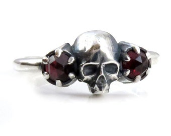 Garnet Skull Ring - Toi et Moi - Twin Stone Engagement Ring - Sterling Silver Rose Cut Mourning Jewelry