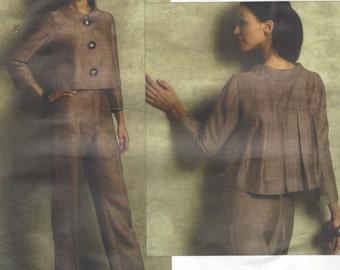 Oscar de la Renta Womens Cropped Pleated Jacket & Pants Vogue Sewing Pattern V2956 Size 6 8 10 12 Bust 30 1/2 to 34 UnCut Designer Patterns