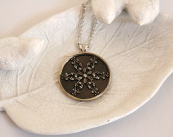 Snowflake Pendant Necklace Winter Holidays - made with an antique snowflake button