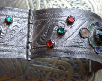 Moroccan jewel enamel tarnished bracelet cuff