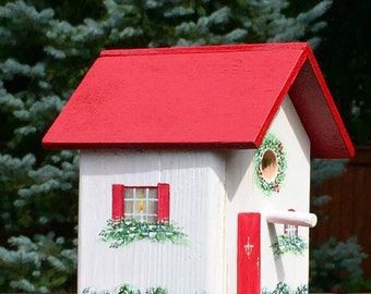 Mini Christmas Birdhouse
