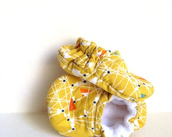 Baby Shoes, GEOMETRIC Crib Shoes, Gender Neutral Baby Shoes, Soft Sole Baby Shoes, Baby Slippers, Girl Baby Shoes, Boy Baby Shoes,