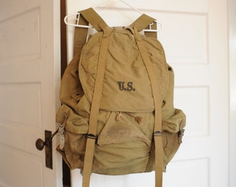 Vintage 1942 WWII US Military Pack with External Frame