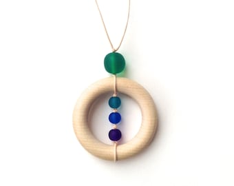 Resin and Wood Teething Nursing Necklace/ Breastfeeding Necklace - Peacock Colors Blue, Purple, Teal, Turquoise, Green