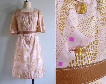 15% SALE (Code In Shop) - Vintage 80's Peach Silk 'Gold Dust' Square Neck Bell Sleeve Dress M or L