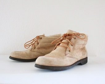 Vintage Blonde Suede Lined Faux Shearling Ankle Boots Sz 7.5