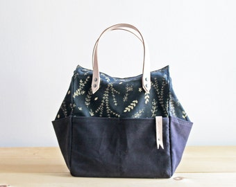 Project Bag w/ Gold Floral print - Organic Cotton and Natural Leather Strap