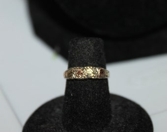 Vintage Black Hills Gold 12K Rose and Yellow Gold Leaves with Sterling Band Ring