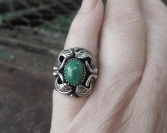 Malachite Sterling Ring Wide Band Pinky Ring Native American Indian Vintage  Size 5