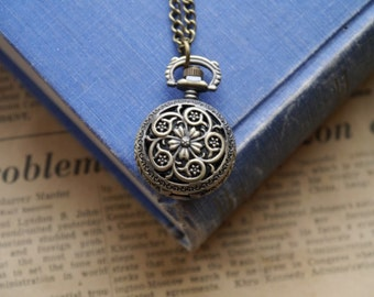 Antique Bronze Vintage Style Floral Scroll Design Pocket Watch with Chain