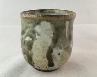 1110 - Yunomi tea cup