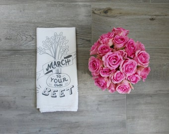 "Tea Towel, Funny Dish Towel, Flour Sack Cotton, Kitchen towel, dish cloth - ""March to your own beet"""