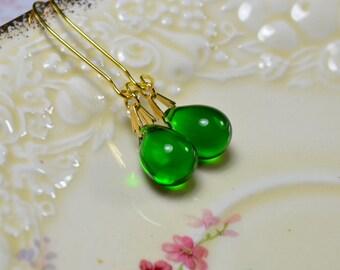 Green Drop Earrings, Emerald Green Earrings, Beaded Earrings, Bridesmaid Gift, Glass Teardrop Earrings, Kelly Green Long Dangle Earrings, UK