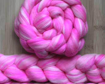 """Merino ' WOOLY-WOW Roving in """"80's Lipstick"""" colorway - Neon, Barbie and Pastel pink blend - Spinning Felting braid - Fiber arts"""