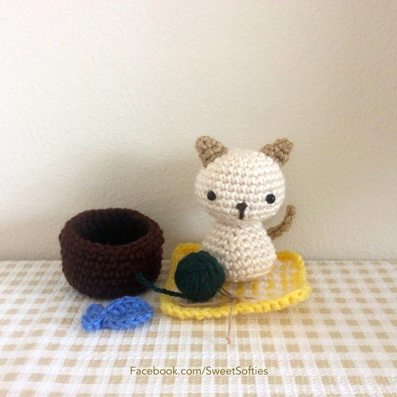 Amigurumi Chibi Doll Pattern Free : Amigurumi crochet pattern animal kitty cat chibi kokeshi
