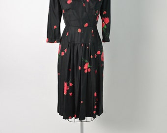 Vintage 1940s 40s Silk Dress Red and Black Floral Print Size Medium