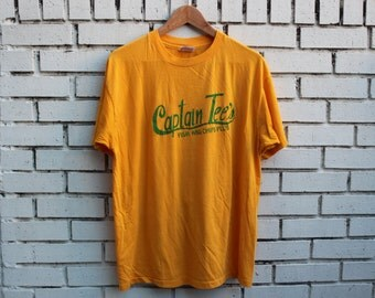 Vintage CAPTAIN TEE'S Fish And Chips Plus Shirt Hanes tag made in usa novelty restaurant seafood