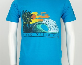 Vintage 1980's Classic Surf Printed T-Shirt size Medium