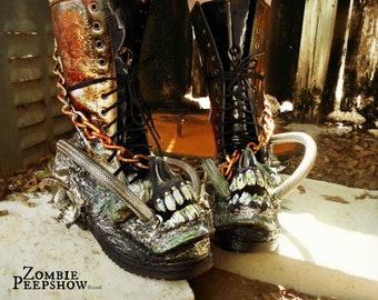 """Mad Max """"Fury"""" Distressed Screaming Skull Wasteland Boots"""
