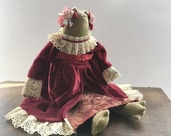 Russ Berrie & Co Vintage frog Soft frog toy Victorian look frog Stuffed toy frog Frog girl in dress Made in UK