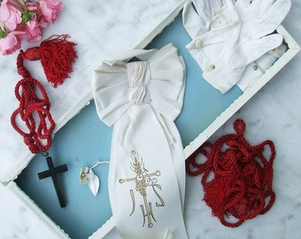 Vintage French Holy Communion Set Armband Crucifix Gloves First Communion