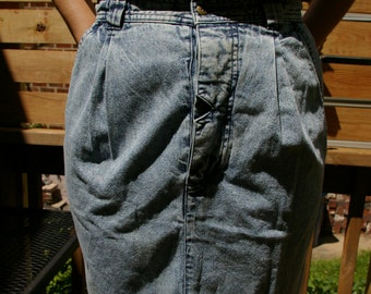80's 90's Vintage Denim Skirt- Vintage High Waist- With Pockets