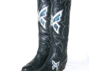 Vintage 1970s Justin Cowboy Boots Butterfly Inlay Snakeskin Blue Leather Tall Knee high Western Rodeo Rockabilly Cowgirl Size 5-6 C Made USA