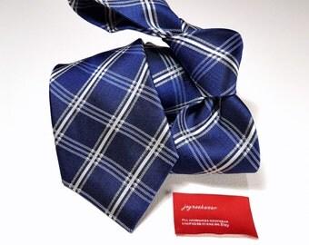 Silk Tie in Checks with Dark Horizon Blue and White