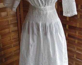 Antique Edwardian White Eyelet Lace Cotton Lawn Dress XS