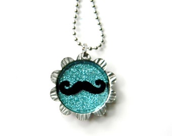 NEW Petal Cap Necklace - Mustache