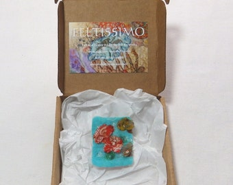 Felted brooch with antique silk flowers. An Ideal gift