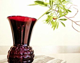 VIntage Anchor Hocking Royal Ruby Red Glass Vase