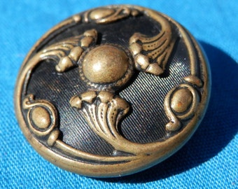 Art Nouveau Brass  Vintage Button Tinted 1920's