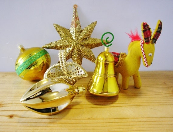 6 Vintage Christmas Baubles Holidays Ornaments 1960s 1970s