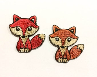 "Mini Fox - Iron-on Patch - Red or Orange Shiny little Fox Transfer - Animal Appliqué - Red Fox Sticker - Size 1.4"" x 1.4""  (P123)"
