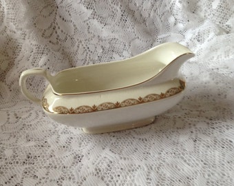 Free Shipping Vintage Carrollton China White With Gold Gravy Boat