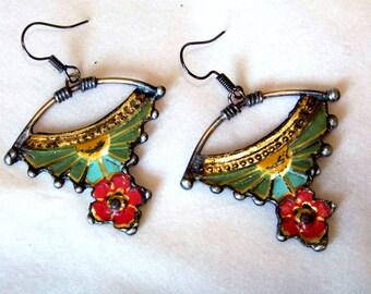 Vintage tin earrings *825