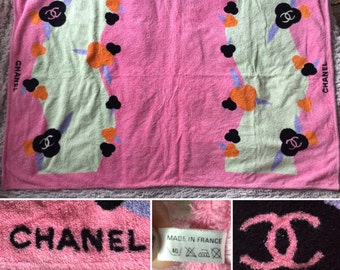 CHANEL Authentic CC Iconic Rare Logos Large Vintage Summer Bath Beach Towel
