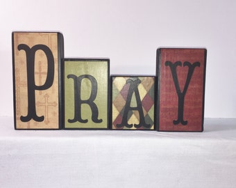 Home Décor Block Signs -- PRAY or HOPE -- Block Signs -- Red, Moss Green and Tan