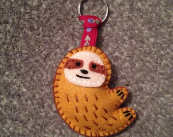 Sloth Keyring - Keychain - sloth - plush