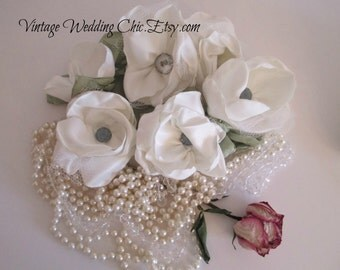 Ivory hair clips Bridal floral hair accessories Wedding hair flower set of 5