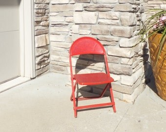 Vintage Metal Folding Children's Chair,Card Table Chair,Mid Century Modern,Rustic,Retro,Red Folding Chair, Kids Chair, Children's Furniture