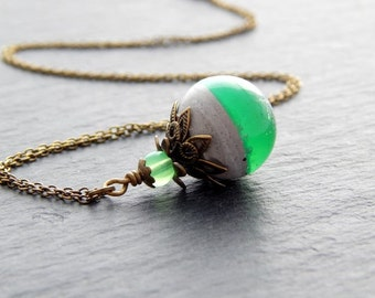 Necklace with Pendant in spherical shape in concrete (cement) and resin in green with glittery and Brass Bead Caps
