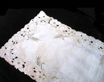 Beautiful Mission-style linen table runner